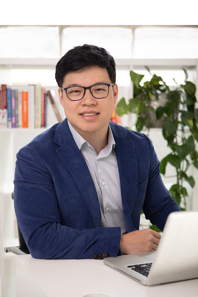 Dr Nelson Mok, Assistant Head Editor